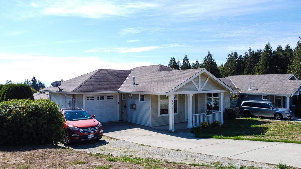 Main Photo: 6351 TYLER Road in Sechelt: Sechelt District House for sale (Sunshine Coast)  : MLS®# R2619563