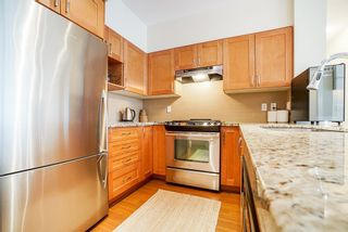 """Photo 10: 301 1111 E 27TH Street in North Vancouver: Lynn Valley Condo for sale in """"BRANCHES"""" : MLS®# R2507076"""