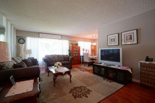 Photo 4: 70 14th Street NW in Portage la Prairie: House for sale : MLS®# 202116288