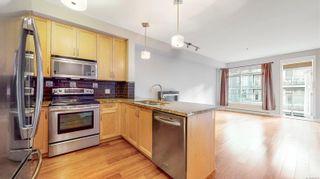 Photo 4: 211 611 Goldstream Ave in : La Fairway Condo for sale (Langford)  : MLS®# 863501