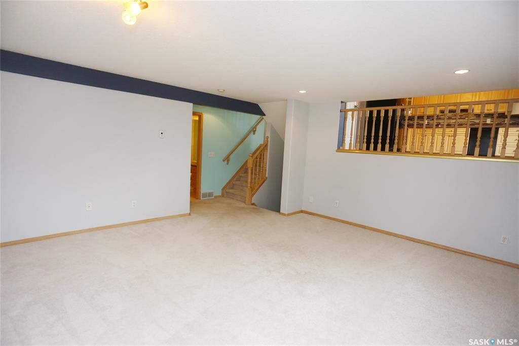 Photo 40: Photos: 206 1st Avenue North in Warman: Residential for sale : MLS®# SK796281