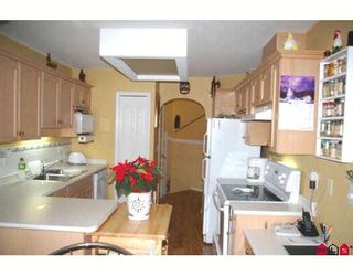 """Photo 13: 58 46360 VALLEYVIEW Road in Sardis: Promontory Townhouse for sale in """"APPLE CREEK"""" : MLS®# H2800129"""