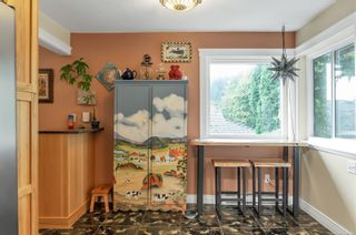 Photo 5: 1063 Springbok Rd in : CR Campbell River Central House for sale (Campbell River)  : MLS®# 856480