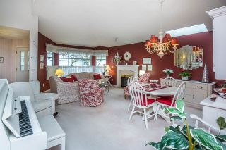 """Photo 5: 124 9208 208 Street in Langley: Walnut Grove Townhouse for sale in """"CHURCHILL PARK"""" : MLS®# R2150916"""
