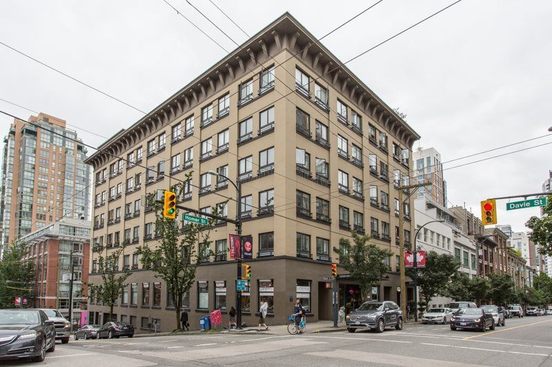 "Main Photo: 206 1216 HOMER Street in Vancouver: Yaletown Condo for sale in ""Murchies Building"" (Vancouver West)  : MLS®# R2291553"