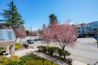 """Photo 32: 207 15375 17TH Avenue in Surrey: King George Corridor Condo for sale in """"CARMEL PLACE"""" (South Surrey White Rock)  : MLS®# R2564835"""