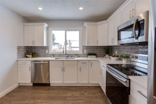 Photo 10: 2411 80 Street in Edmonton: Zone 29 House for sale : MLS®# E4229031