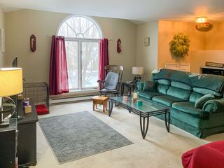 Photo 5: 36 Willowbend Court in Bridgewater: 405-Lunenburg County Residential for sale (South Shore)  : MLS®# 202101874