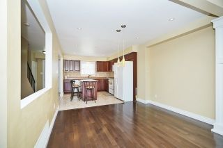 Photo 8: 1186 Southdale Avenue in Oshawa: Donevan House (2-Storey) for sale : MLS®# E3487223