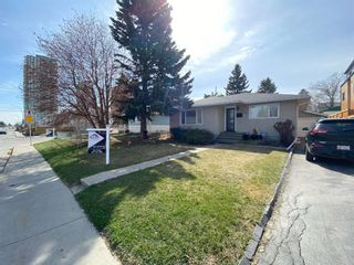 Photo 3: 3351 Spruce Drive SW in Calgary: Spruce Cliff Detached for sale : MLS®# A1103198