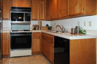 Photo 5: HILLCREST Condo for sale : 2 bedrooms : 3666 3rd Ave #104 in San Diego
