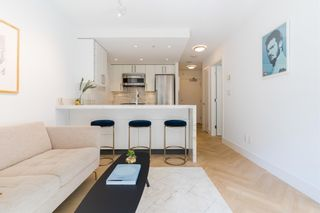 """Photo 10: 501 1708 COLUMBIA Street in Vancouver: False Creek Condo for sale in """"WALL CENTRE FALSE CREEK"""" (Vancouver West)  : MLS®# R2603692"""