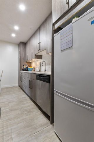 Photo 3: 308 225 W 3RD Street in North Vancouver: Lower Lonsdale Condo for sale : MLS®# R2558056