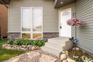 Photo 3: 289 Maccormack Road in Martensville: Residential for sale : MLS®# SK864681