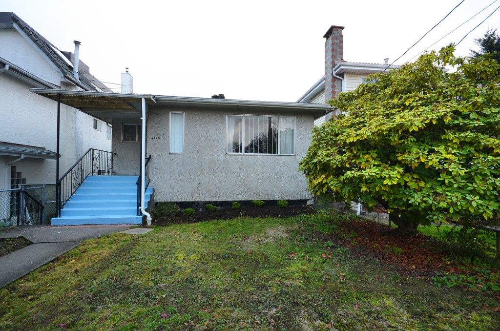 Main Photo: 4525 COMMERCIAL ST in Vancouver: Victoria VE House for sale (Vancouver East)  : MLS®# V1037358