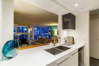 Photo 4: 1001 1323 HOMER STREET in Vancouver West: Yaletown Home for sale ()  : MLS®# R2372136