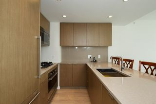 "Photo 2: 704 112 E 13TH Street in North Vancouver: Lower Lonsdale Condo for sale in ""CENTREVIEW"" : MLS®# R2243856"