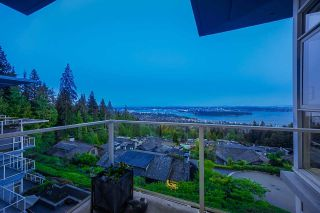 """Photo 14: PH1 2210 CHIPPENDALE Road in West Vancouver: Whitby Estates Condo for sale in """"The Boulders"""" : MLS®# R2581149"""