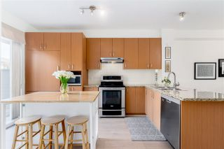 "Photo 10: 124 2729 158 Street in Surrey: Grandview Surrey Townhouse for sale in ""KALEDEN"" (South Surrey White Rock)  : MLS®# R2560648"