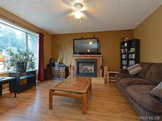 Photo 2: 1039 Haslam Ave in VICTORIA: La Glen Lake Half Duplex for sale (Langford)  : MLS®# 751398