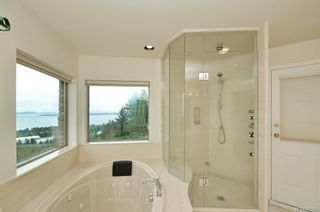 Photo 13: 1704 Mayneview Terr in : NS Dean Park House for sale (North Saanich)  : MLS®# 872865