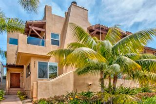 Photo 1: PACIFIC BEACH Townhouse for sale : 3 bedrooms : 3923 Riviera Dr #Unit B in San Diego