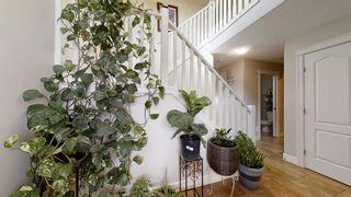 Photo 3: 2916 25 Avenue in Edmonton: Zone 30 House for sale : MLS®# E4264785