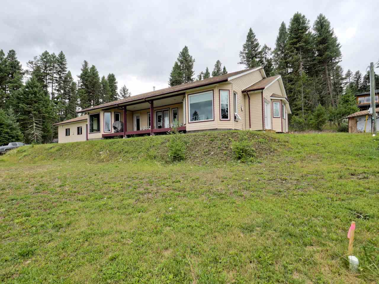 Main Photo: 4862 STEWART Road in 108 Mile Ranch: 108 Ranch House for sale (100 Mile House (Zone 10))  : MLS®# R2546694
