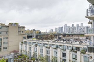 "Photo 19: 702 1887 CROWE Street in Vancouver: False Creek Condo for sale in ""PINNACLE LIVING"" (Vancouver West)  : MLS®# R2161379"