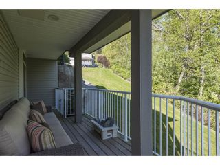 """Photo 34: 127 8590 SUNRISE Drive in Chilliwack: Chilliwack Mountain Townhouse for sale in """"Maple Hills"""" : MLS®# R2571129"""
