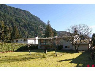 Photo 9: 489 NAISMITH Avenue: Harrison Hot Springs House for sale : MLS®# H1100358