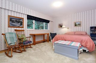 "Photo 14: 754 BLUERIDGE Avenue in North Vancouver: Canyon Heights NV House for sale in ""CANYON HEIGHTS"" : MLS®# R2121180"