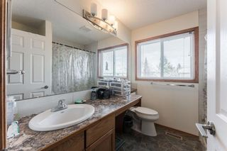 Photo 14: 15 River Rock Manor in Calgary: Riverbend Detached for sale : MLS®# A1044163