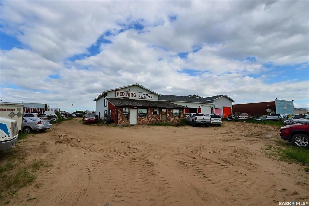 Main Photo: 2 Highway in Buckland: Commercial for sale (Buckland Rm No. 491)  : MLS®# SK860843