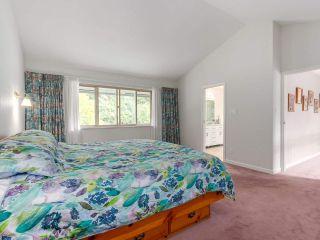 "Photo 13: 7000 WOODCREST Place in Delta: Sunshine Hills Woods House for sale in ""SUNSHINE HILLS"" (N. Delta)  : MLS®# R2281193"
