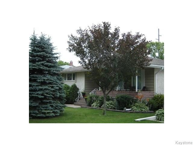 Main Photo: 704 Renfrew Street in Winnipeg: Single Family Detached for sale (River Heights)  : MLS®# 1114461