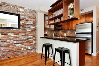 """Photo 6: 106 2515 ONTARIO Street in Vancouver: Mount Pleasant VW Condo for sale in """"ELEMENTS"""" (Vancouver West)  : MLS®# R2385133"""