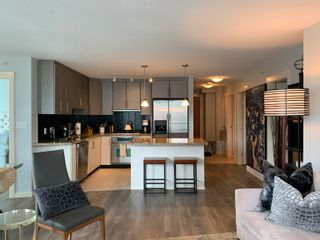 """Photo 10: 1701 1189 MELVILLE Street in Vancouver: Coal Harbour Condo for sale in """"THE MELVILLE"""" (Vancouver West)  : MLS®# R2617274"""