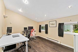 Photo 18: 2555 Prior St in Victoria: Vi Hillside House for sale : MLS®# 852414