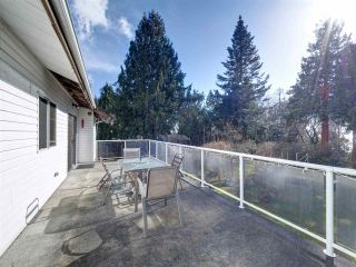 """Photo 27: 8089 REDROOFFS Road in Halfmoon Bay: Halfmn Bay Secret Cv Redroofs House for sale in """"WELCOME WOODS"""" (Sunshine Coast)  : MLS®# R2563771"""