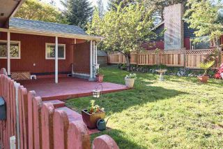 Photo 5: 1086 ROSAMUND Road in Gibsons: Gibsons & Area Manufactured Home for sale (Sunshine Coast)  : MLS®# R2576197