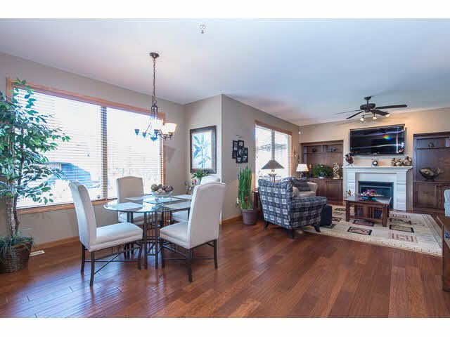"""Photo 8: Photos: 75 24185 106B Avenue in Maple Ridge: Albion Townhouse for sale in """"TRAILS EDGE"""" : MLS®# V1121758"""