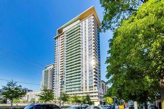 Photo 1: 715 70 Roehampton Avenue in Toronto: Mount Pleasant West Condo for sale (Toronto C10)  : MLS®# C5273824