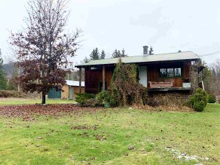 Photo 1: 5950 SILVER STANDARD Road: Hazelton House for sale (Smithers And Area (Zone 54))  : MLS®# R2513662