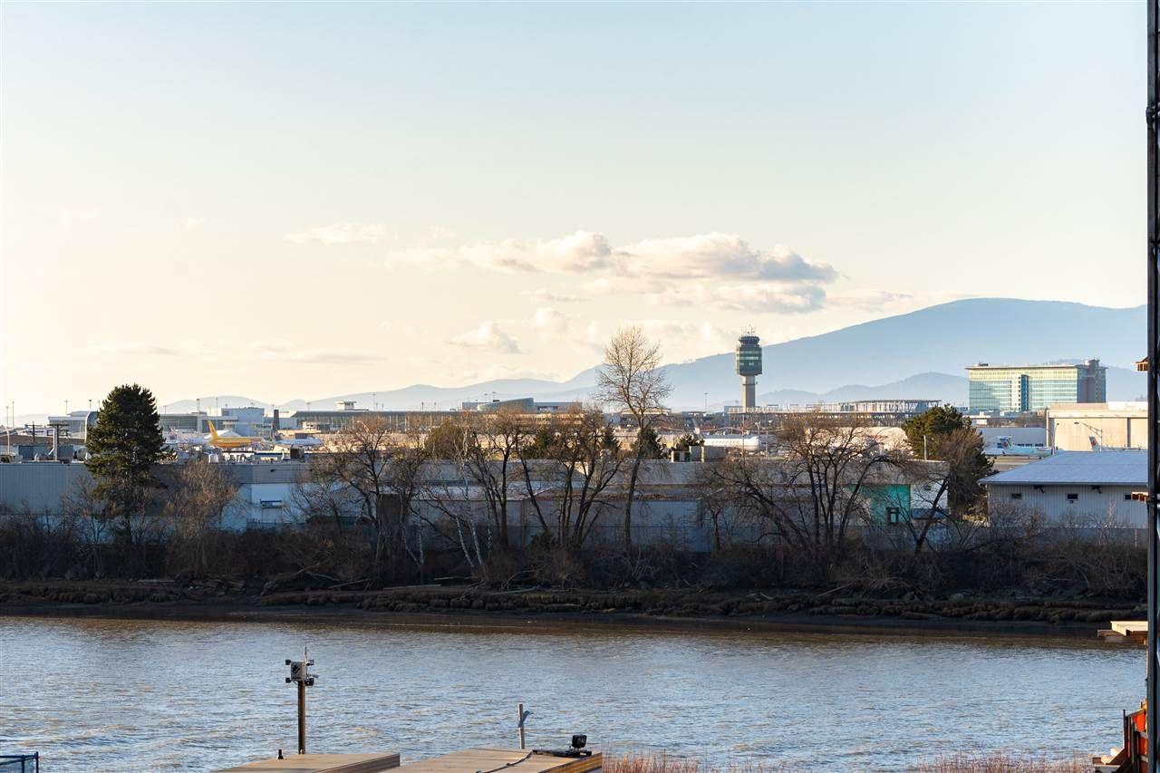 "Main Photo: 406 6688 PEARSON Way in Richmond: Brighouse Condo for sale in ""2 River Green"" : MLS®# R2555015"