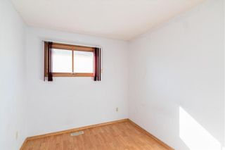 Photo 17: 557 Ashworth Street South in Winnipeg: River Park South Residential for sale (2F)  : MLS®# 202121962