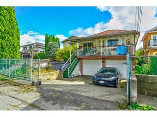 Photo 2: 5543 ARGYLE Street in Vancouver: Knight House for sale (Vancouver East)  : MLS®# R2619395