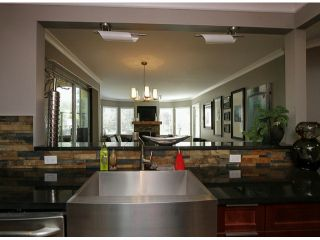 "Photo 10: 206 1280 FIR Street: White Rock Condo for sale in ""Oceana Villa"" (South Surrey White Rock)  : MLS®# F1408038"