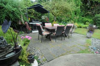 Photo 2: 2208 GREYLYNN Crescent in North Vancouver: Westlynn House for sale : MLS®# R2396694
