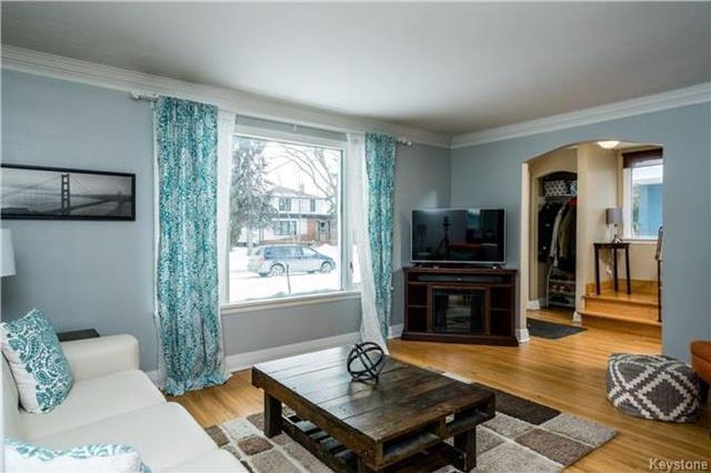 Photo 4: Photos: 657 Waterloo Street in Winnipeg: River Heights South Residential for sale (1D)  : MLS®# 1803912